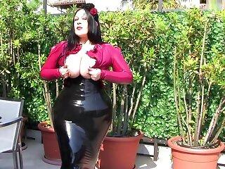 Busty Rose Lady vulnerable the Balcony - Alfresco Latex Blowjob Handjob in Italy - Cum vulnerable my Tits