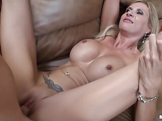 Brooke Tyler - Landscaping Be advantageous to A Mother I'd Like Far Fuck!
