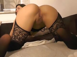 Conquer Amateur record with Brunette, MILF scenes