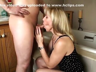 A recent youthful jock be expeditious for older wife Singsong
