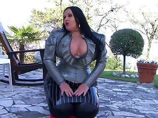 Your Strict Busty Blowjob Goddes - Blowjob Handjob in the Communal - Cum on my Tits