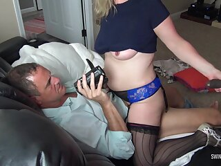 Prex tow-haired housewife sucking a baneful cock