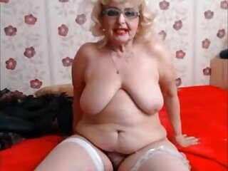 Hairy hot big granny showing everything on cam