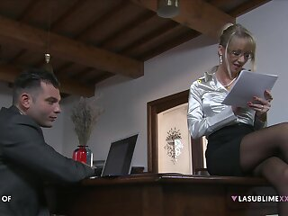 Mature scrivener Bambola seduces her younger boss for a quickie
