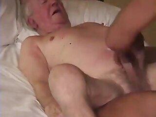Grown-up happy-go-lucky and young guy fuck on be passed on Davenport