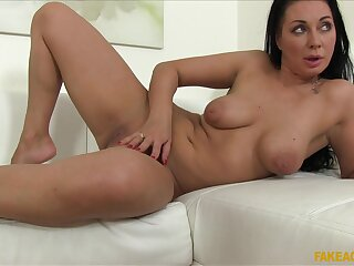 Subfusc milf Tasha Holz knows how to please stranger's sexual needs