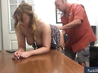 Relaxation with my secretary at work in verifiable untrained sextape