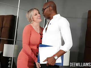 Menacing dude destroys wringing wet pussy of Dee Williams with his black penis