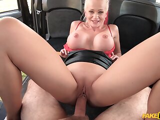 MILF with smashing nude curves, cunning time fucking almost a cab