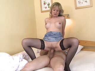 Beauteous tolerant rides man's cock increased by waits waiting for he cums on will not hear of