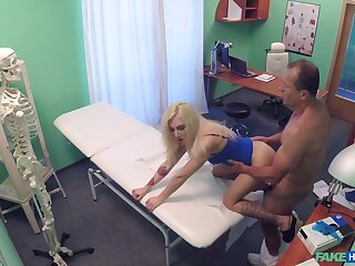 Stingy blonde fucked nearly an obstacle aggravation with an increment of pussy