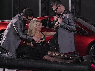 Impressive triple more suit this cougar's sexual desires