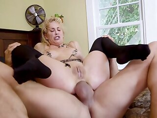 BDSM troika with hotties Cherie DeVille and Gina Valentina