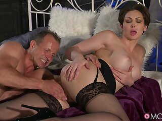 Late night fucking on the bed with nice tits amateur wife who loves cum