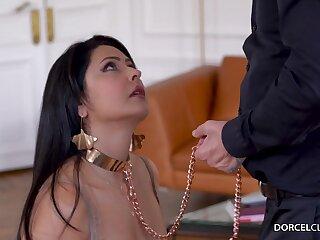 Mariska - Take Me On A Leash FRENCH sex