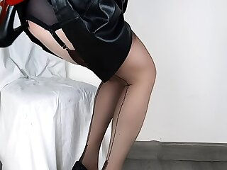 Lady Lulu Lovely Anal Shoe Be thrilled by