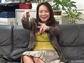 Amateur making out on the leather sofa with Japanese MILF Yuri Nihongi