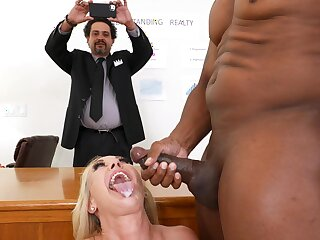 Interracial dicking anent the office on every side Brandi Dote on and her boss